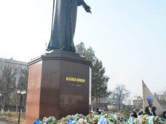 Исполнилось 580 лет со дня рождения Алишера Навои  С ПОЧТЕНИЕМ К ПАМЯТИ ГЕНИЯ